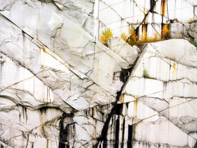 Edward Burtynsky, Rock of Ages #4, Abandoned Section, Adam-Pirie Quarry, Barre, VT