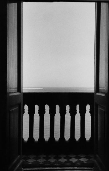 Ralph Gibson, Untitled from Pharonic Light