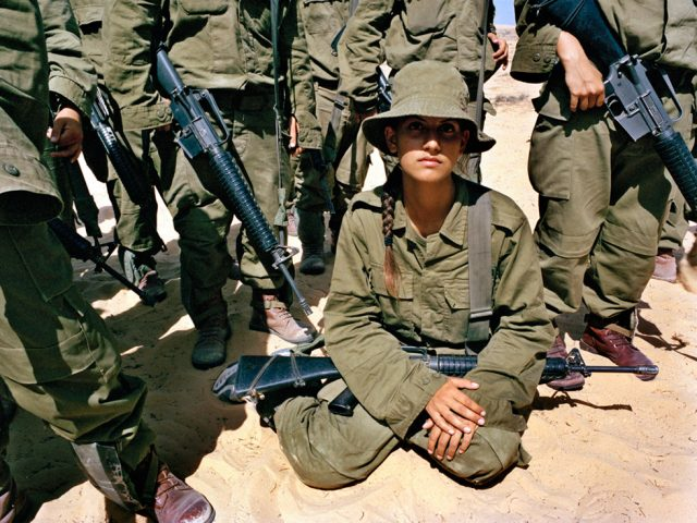Rachel Papo, Instruction hand grenade throwing, Israel