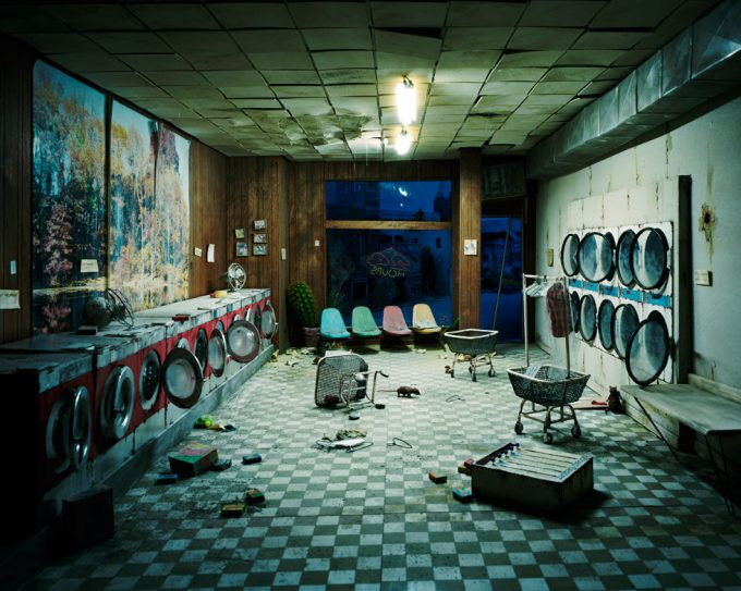 Lori Nix, Laundromat at Night