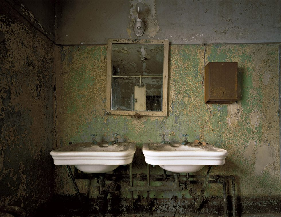 Stephen Wilkes, Nurses' Quarters sinks, Island 3