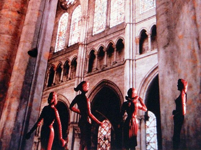 Laurie Simmons, Tourism: Chartres