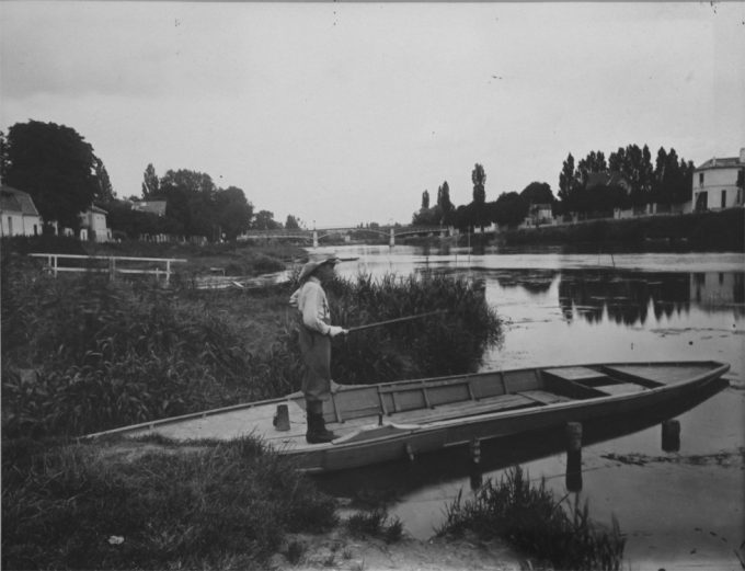 Eugène Atget, Untitled [On the Marne]