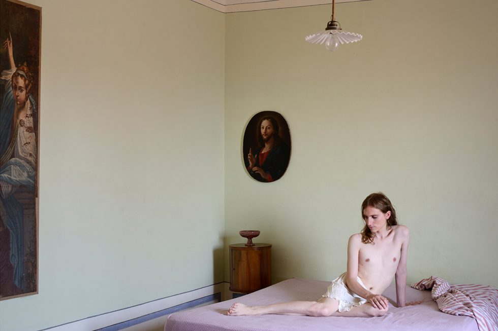 Bedroom with Christ