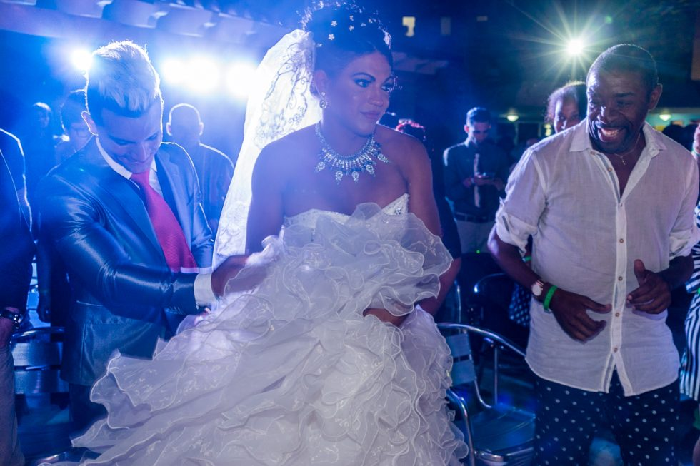 """Malu's """"Wedding."""" It Didn't Last Long. Her Husband Left the Country"""