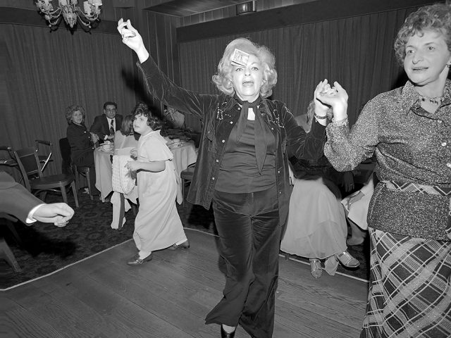 Meryl Meisler, Mom Dances with a Dollar on her Forehead at a Wedding, Sassy 70s